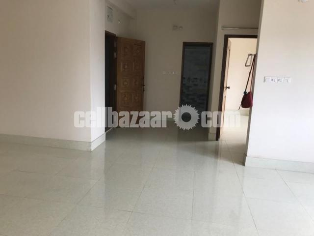 1290 Sqft Ready Flat Sale @ mirpur-8 - 1/5