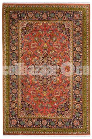 Auburn Medallion Woolen Carpet - Rugs and Beyond - 1/2