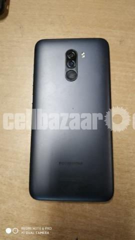 Pocophone F1 full fresh with official warranty card - 2/4