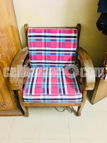 It's a good simple design sofa 3+2=5 1 set sofa segun kath Ar - 1/1