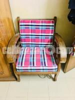 It's a good simple design sofa 3+2=5 1 set sofa segun kath Ar