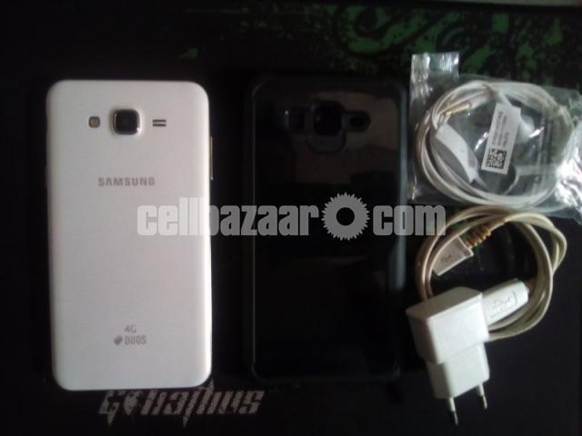 Samsung Galaxy J7 2gb/16gb - 2/5