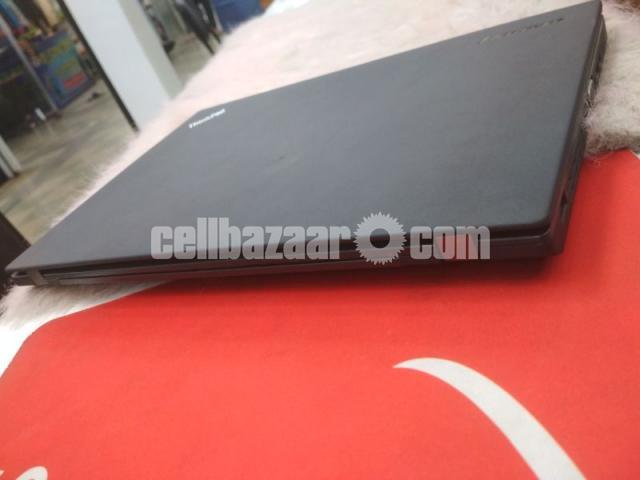 Lenovo ThinkPad X240 - 3/4