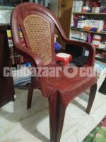 Sell a table & chair - Image 5/5