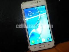 Samsung Galaxy J1 Ace white (Used)