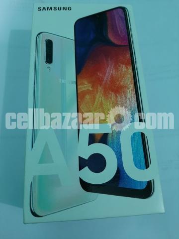 Samsung Galaxy A50 - 1/2