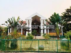 রাজকীয় বাড়ি Royel House