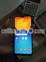 Samsung A20 - Image 1/5