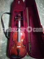Violin (Italian romance)