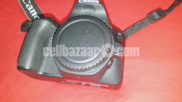 Canon 200d With 50mm lens - 4/5