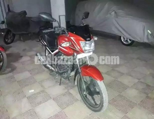 TVS Metro Plus 110 cc - 3/4