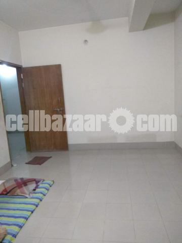 To-Let for Single Room - 2/2