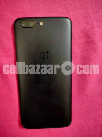 OnePlus 5 for sale ( No damage and no internal problem) - 2/3