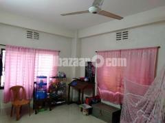 Chittagong boropool elakai ek room Vara dea hobe