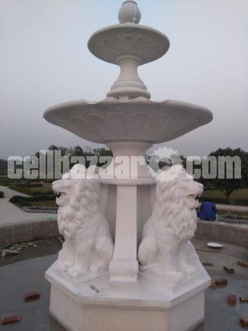 Lion fountain for park or garden - 2/4