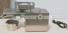 Oil press Machine home use - Image 1/4