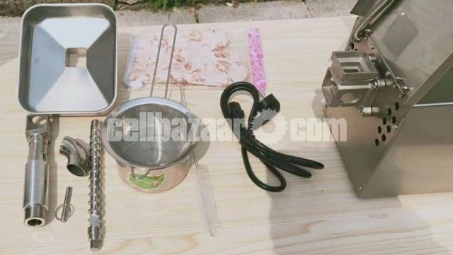 Oil press Machine home use - 2/4