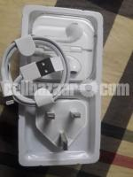 Headphone+Charger - Image 1/4