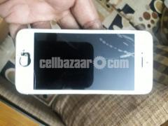 Iphone 5s Broken - Image 2/4