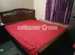 Liquered Bed