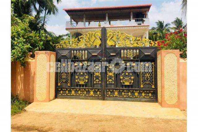 Design main gate - 7/8