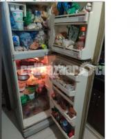 Refrigerator & freezers 15 CFT Running With newly Compressor