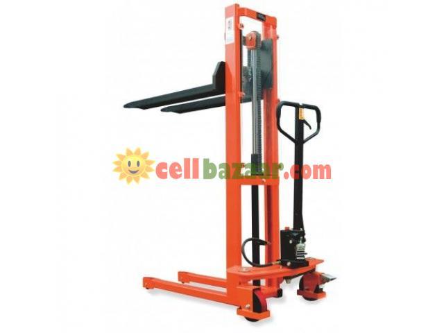 Hydraulic Forklift, Semi Automatic - 1/4