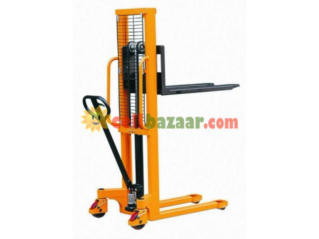 Hydraulic Forklift, Semi Automatic - 2/4