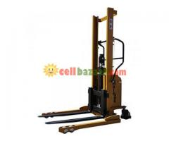 Hydraulic Forklift, Semi Automatic - Image 3/4