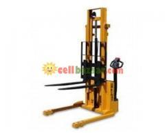 Hydraulic Forklift, Semi Automatic - Image 4/4