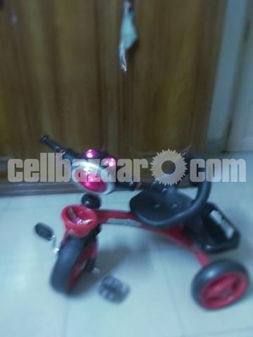 Kids Tricycle - 1/8