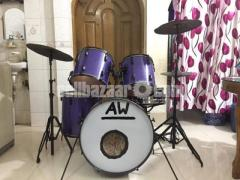 8 piece Semi professional A.W and Sons deshi drums