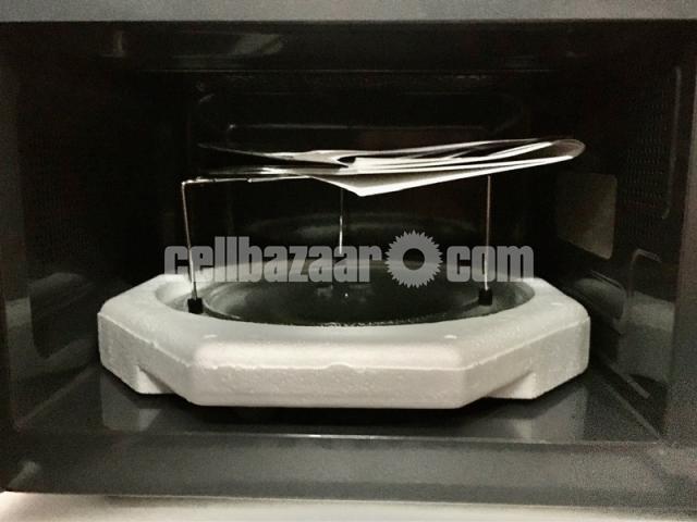 Miyako Microwave Oven - 3/6