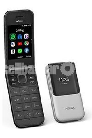 Nokia 2720 Flip - 3/4