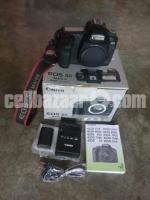 Canon 5D Mark ii (Full Frame Camera)