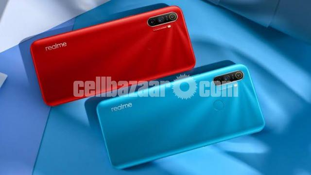 Realme C3 (3/32) Official (New) - 3/4