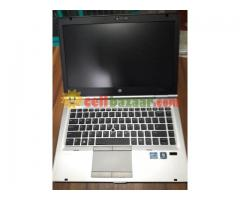 LAPTOP CORE i5 ELITEBOOK - Image 1/4