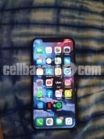 apple . iphone X
