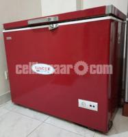 Chest Freezer 205 Litre Singer Red