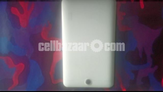 Mediacom SmartPad tablet - 3/5