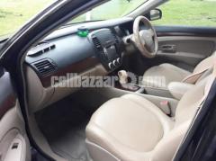 Nissan Bluebird Sylphy - Image 5/8