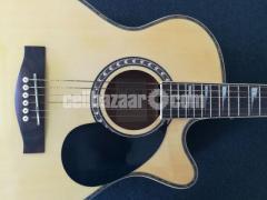 Full-fresh signature Guitar, looking new - Image 4/7