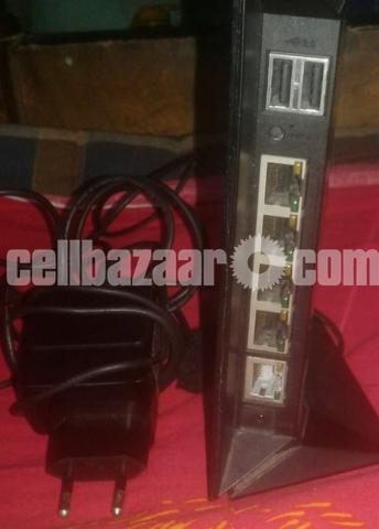 Duel Band ASUS RTN56U Router - 2/3