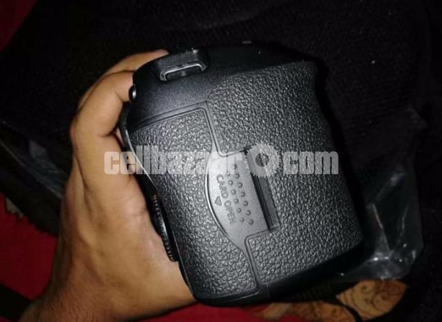 Canon 7D Mark-II - 4/5