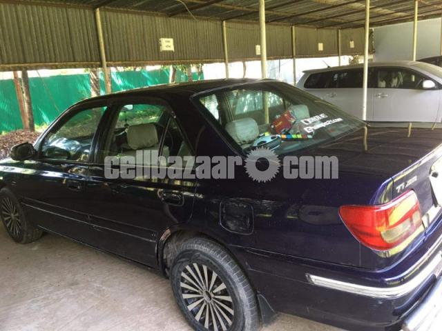 Toyota TI Carina: Army officer's Driven Car - 2/6
