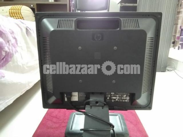 HP Compaq  17-inch LCD Monitor Full Fresh Condition - 3/6