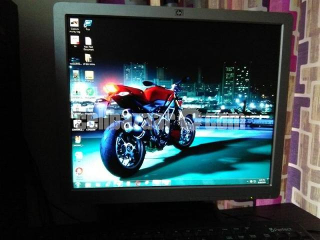HP Compaq  17-inch LCD Monitor Full Fresh Condition - 4/6