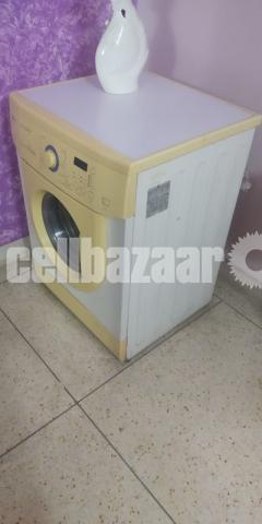 LG Washing Machine - 2/3