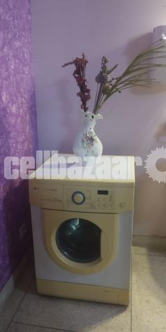 LG Washing Machine - 3/3