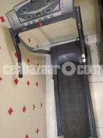 Electronic Treadmill (Evertop Fitness) - Image 3/5